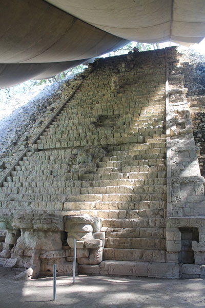 Copan stairs