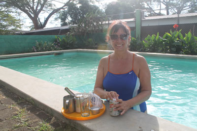 Managua---hotel-pool