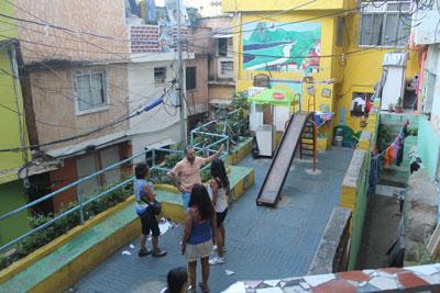 Vila Canoas playground