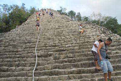 Coba - Nohoch Mul (42m pyramid)