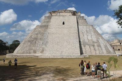 Uxmal - pyramid of the magician