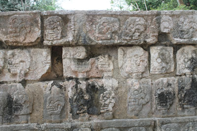 Chichen Itza - Tzompantli (wall of skulls)