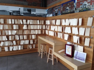 Hundreds of bagage tag stories on display
